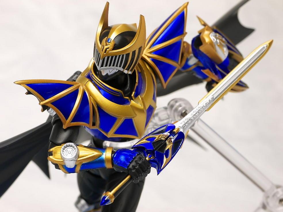 SH Figuarts Kamen Rider Knight Survive Mode Review ...