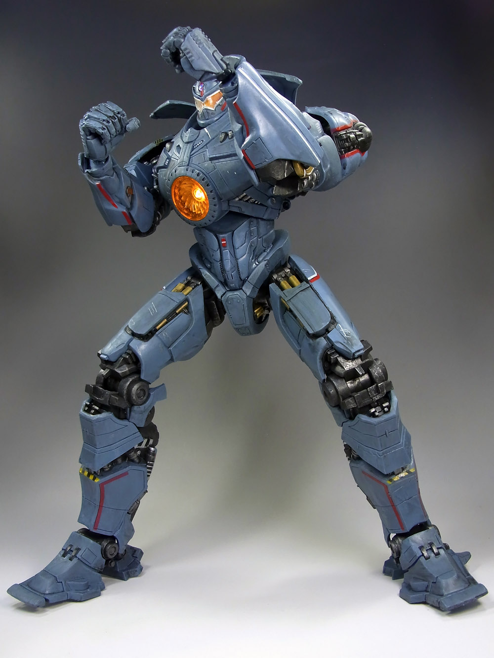 NECA 18 Inch Gipsy Danger In Hand Images - Tokunation Pacific Rim Gipsy Danger