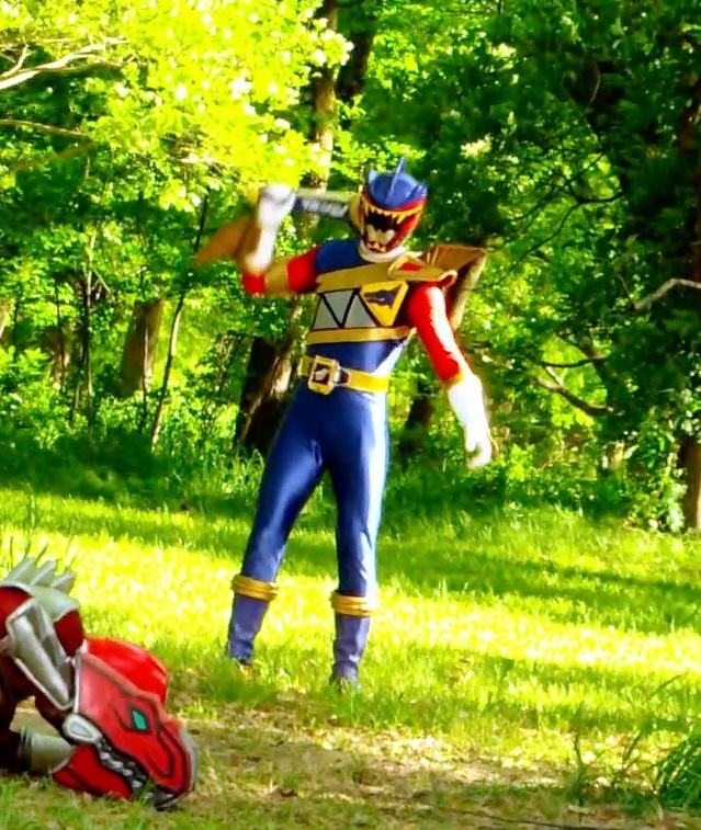 dino charge 09