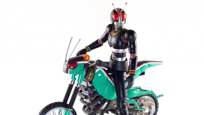 Toy Tuesdays: S.H. Figuarts Kamen Rider Black & Battle Hopper Renewal Gallery