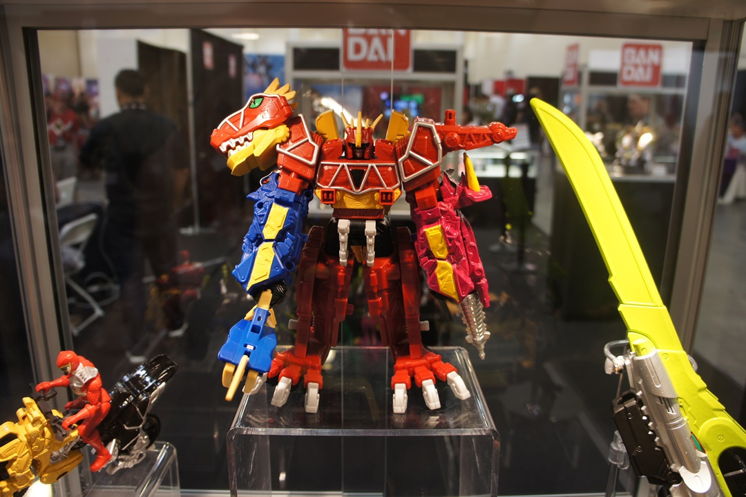 Héros  Power Rangers  Dx megazord dino super charge  power ranger