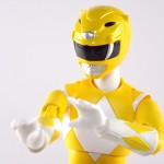 S H Figuarts Female MMPR Yellow Ranger 017