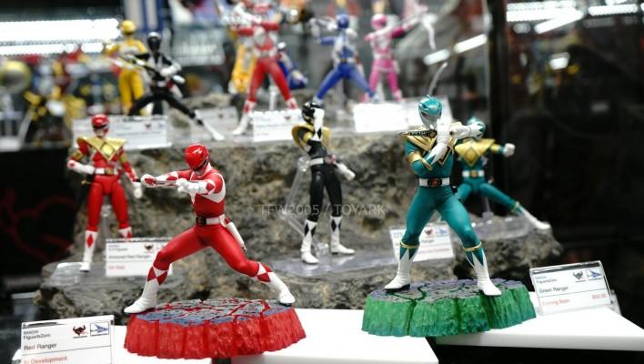 NYCC 2014- Bluefin Tamashii Nations On Display, Power Rangers & Godzilla!