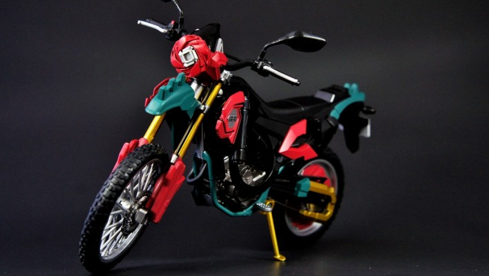 S.H. Figuarts Rose Attacker Gallery
