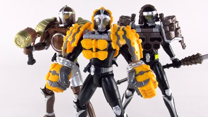 Arms Change Premium Kamen Rider Knuckle Gallery & Video Review