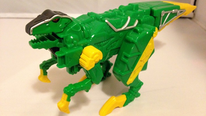 EXCLUSIVE - Power Rangers Dino Charge Raptor Zord In-Hand Images