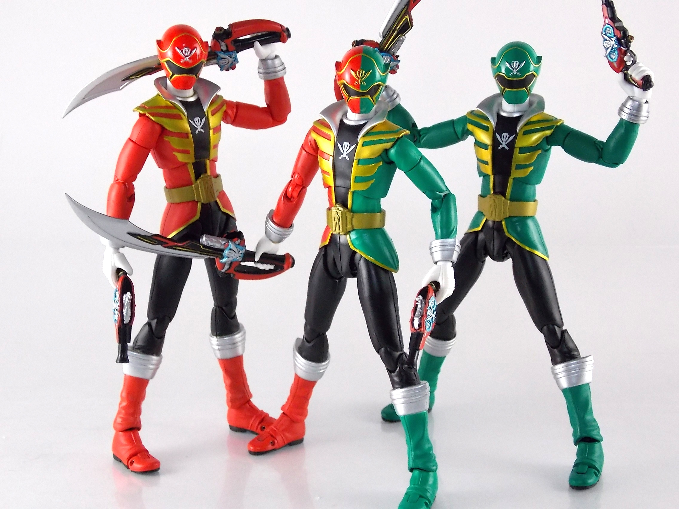 S.H. Figuarts Gokai Christmas Gallery 2.0 - Toku Toy Box Entry ...