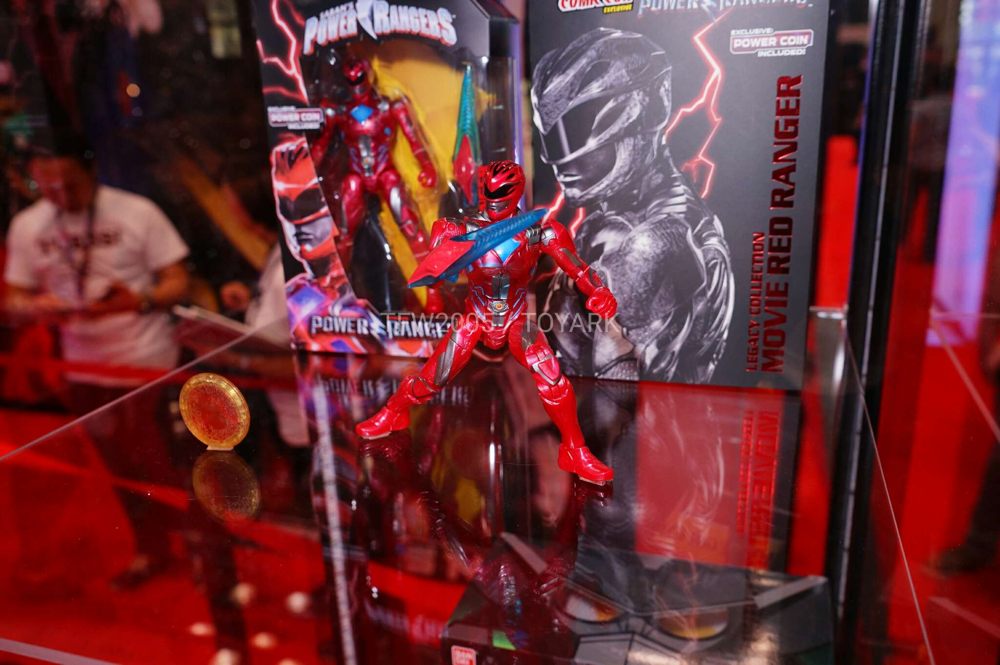 Nycc 2016 Power Rangers Exclusive Items Tokunation