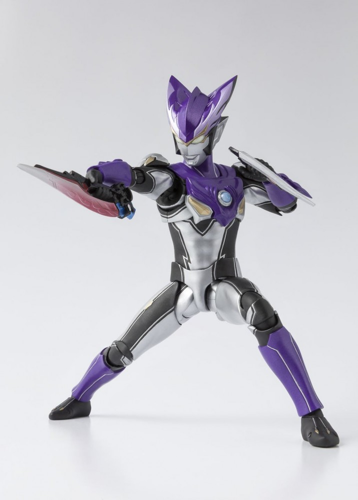 S H E Together Forever Hebe: First Look At S.H.Figuarts Ultraman R/B Lineup!