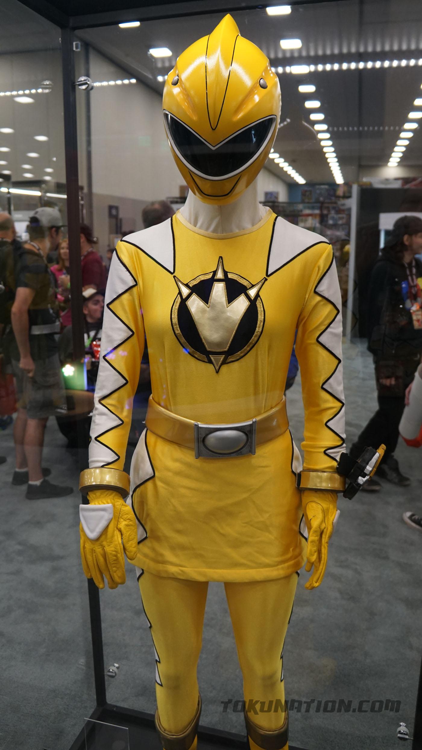 Power Morphicon Legendary Rangers Costume Displays