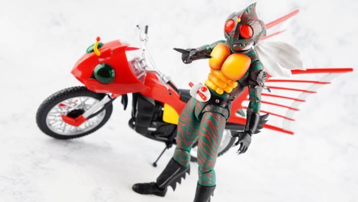 S.H. Figuarts Shinkocchou Seihou Kamen Rider Amazon Gallery