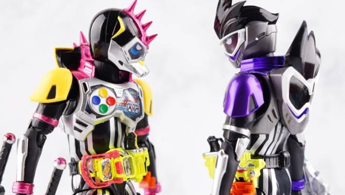 S.H. Figuarts Kamen Rider GenM Action Gamer Level 0 Gallery