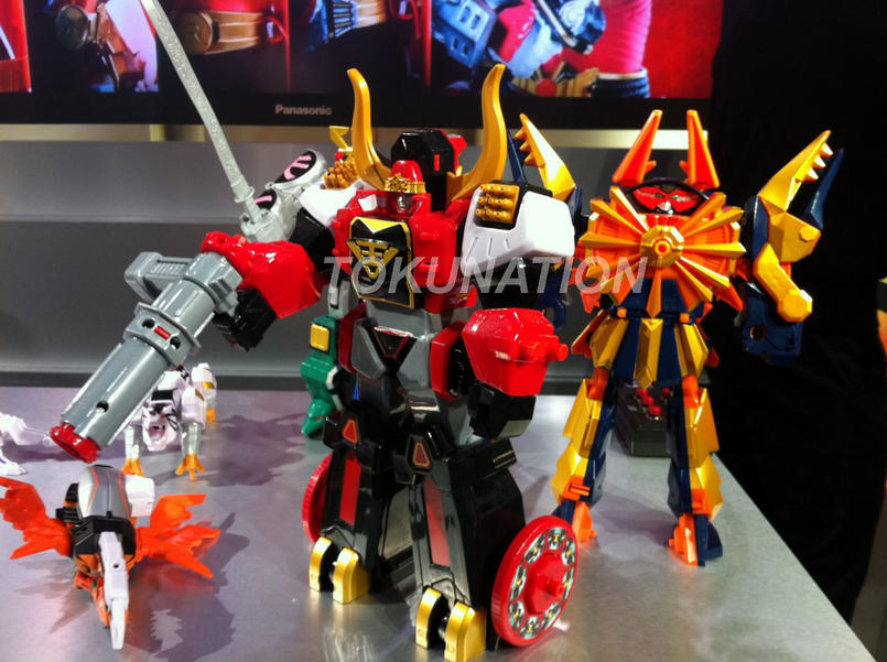 Toy Fair 2012 Power Rangers Samurai Role Play Items And