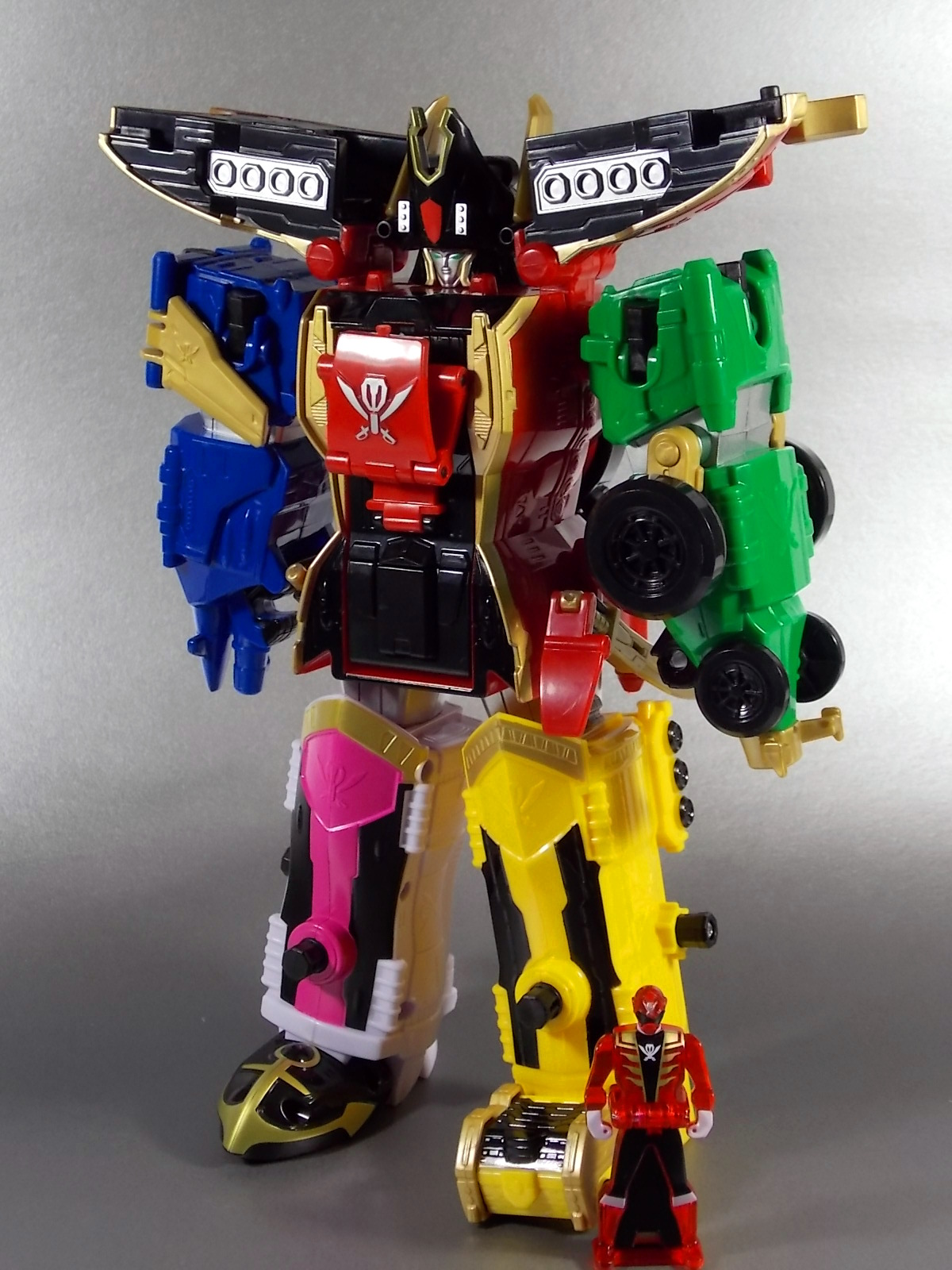 Wild Force Legendary Ranger Key Pack Red//Black//Blue Bandai 38256 Power Rangers Super Megaforce