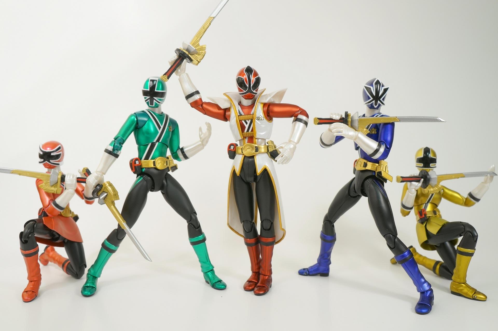 S.H Figuarts Power Rangers Super Samurai metallic box set SDCC 2013 Tamashii