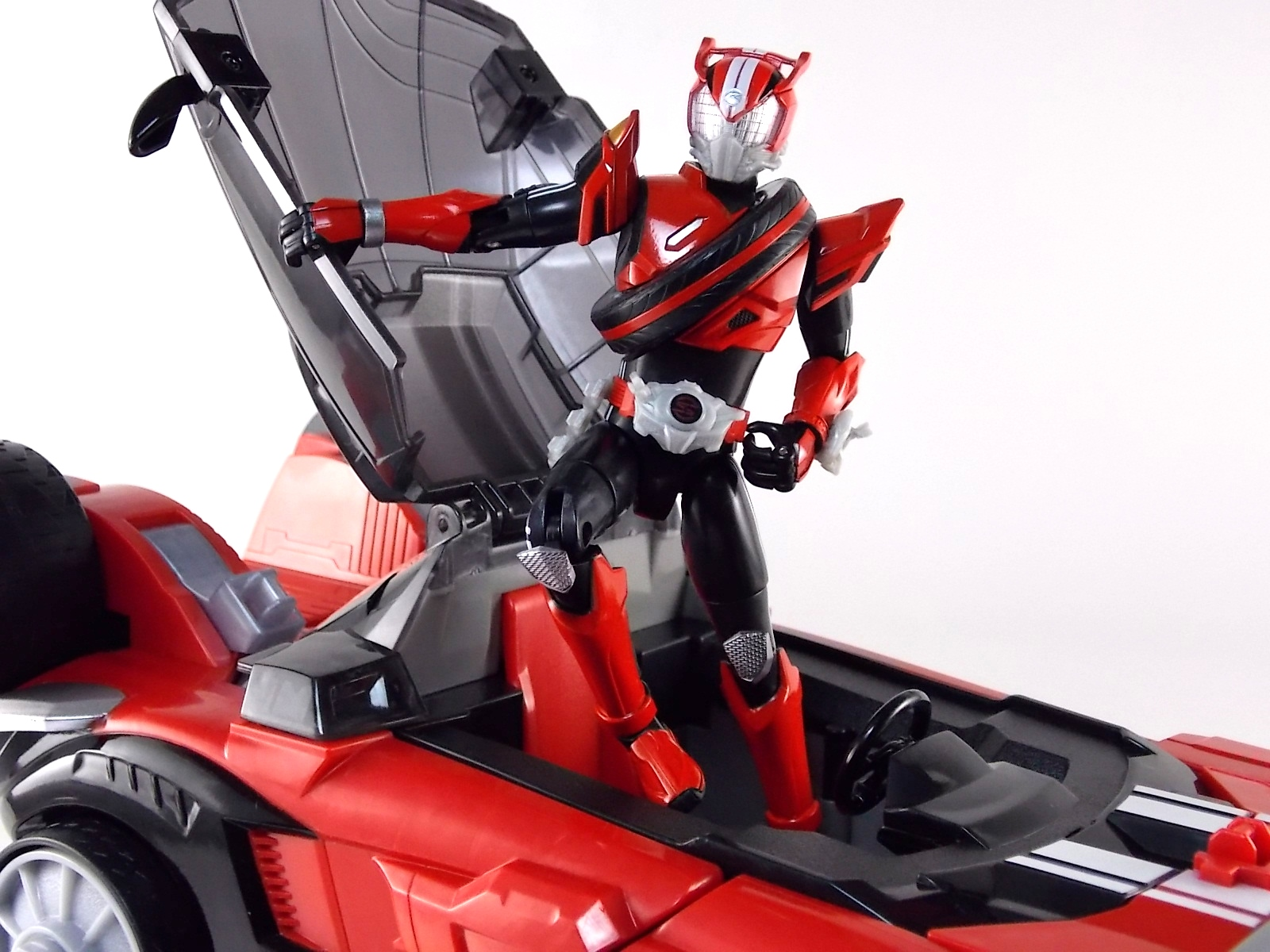 Kamen Rider Drive DX Tridoron Gallery & Video Review