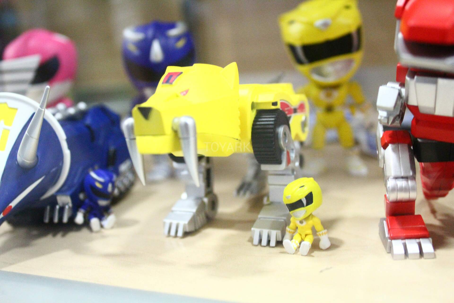 Sdcc 2016 The Loyal Subjects Power Rangers Zords