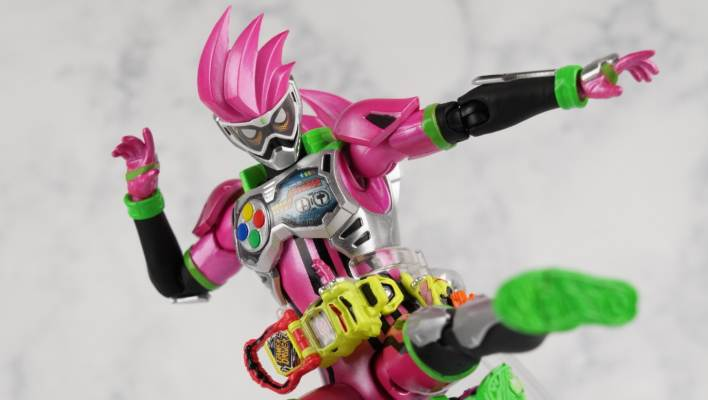 Mighty Action X Beginning Set Part 1: S.H. Figuarts Kamen Rider Ex-Aid Level 2 Gallery
