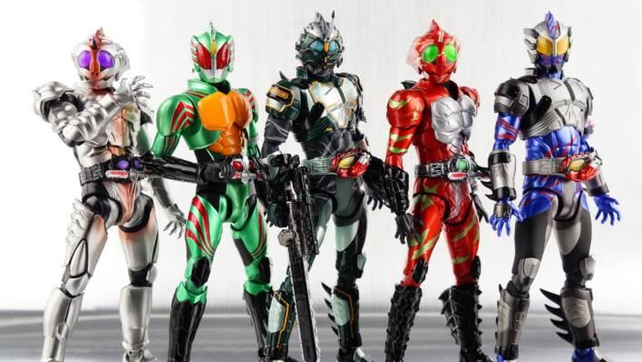 Toku Toy Box: S.H. Figuarts Kamen Rider Amazon Neo Alpha Gallery