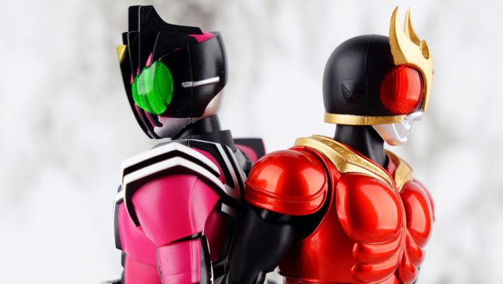 S.H. Figuarts Shinkocchou Seihou Kamen Rider Kuuga Mighty Form (Decade Version) Gallery