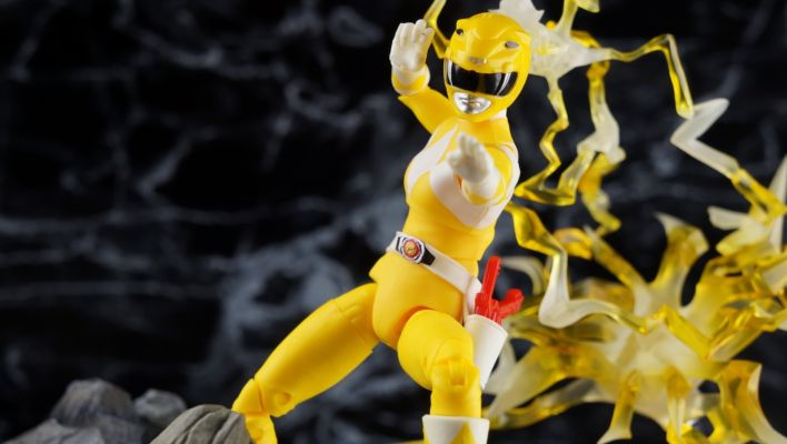 Power Rangers Lightning Collection Mighty Morphin Yellow Ranger Gallery