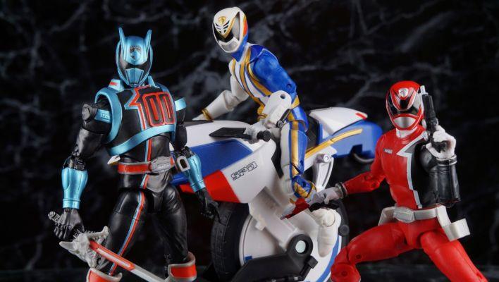 Power Rangers Lightning Collection SPD Omega Ranger Gallery